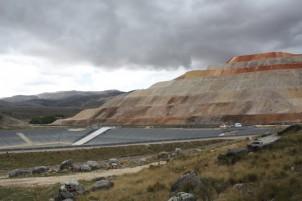 Gold mining in Yanacocha, Perú
