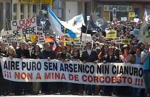 Manifestacion_contra_mina_Corcoesto